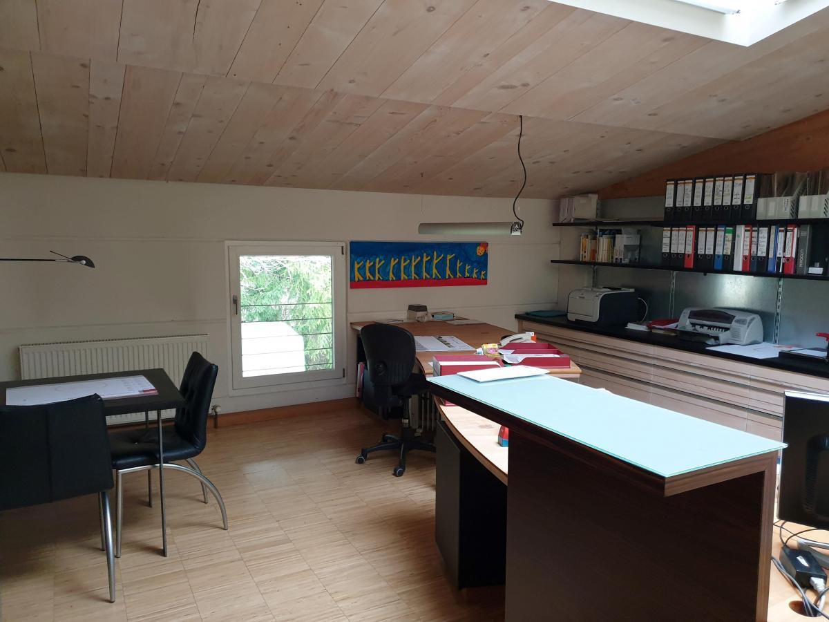 Büro 2.4